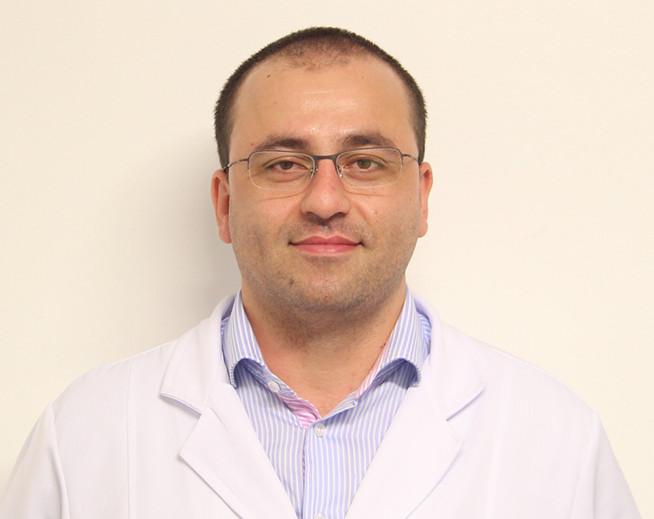 Dr. Marlon Araujo Ramos - CRM 17066